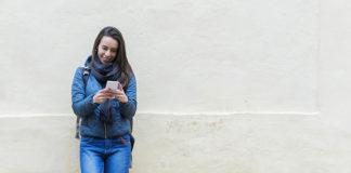 Wydajny smartfon dla podróżujących